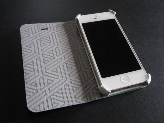 Uniq Creation Couleur for iPhone 5 03